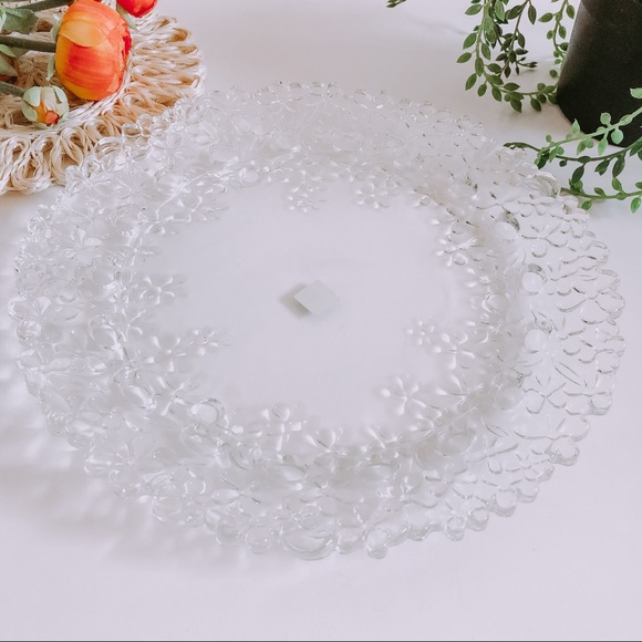 Partylite glass daisy candle holder plate